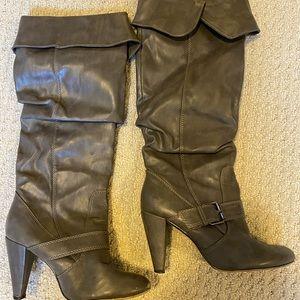 Knee-High grey boots